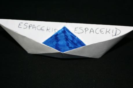 Yoyo en papier bricolage nouvel an chinois enfant party invitations ideas - Fabriquer un bateau en papier ...