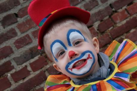 maquillage de clown activit manuelle et bricolage pour enfant. Black Bedroom Furniture Sets. Home Design Ideas